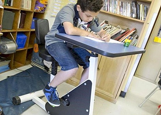 The bicycle desks: changing the desks by static bicycles - babies and children