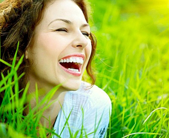 The gesture of a smile: the benefits of smiling and laughing - emotions and mind