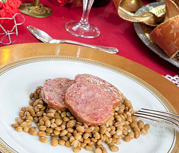 Italian Cotechino recipe, ideal for Christmas and New Year