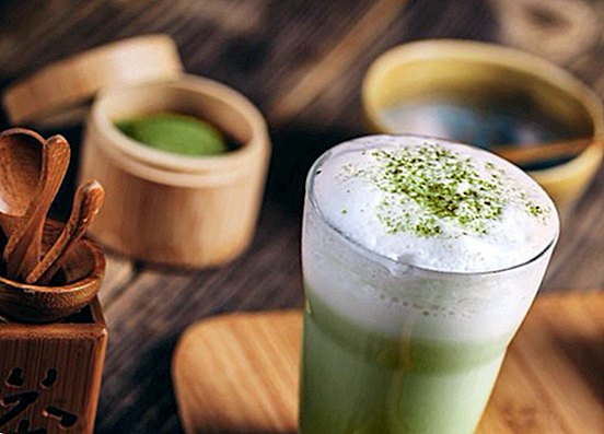 Matcha latte: cold and hot recipe of delicious Matcha with milk