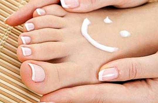 Homemade cream to massage and relax the feet