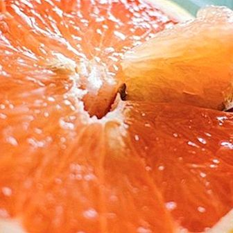 How to make an exfoliating grapefruit mask