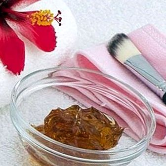 Do you have tired feet? How to relieve them naturally with these remedies