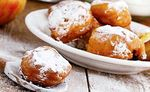 Apple fritters: sweet recipe for Easter